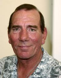 Oscar Nominated Actor Pete Postlethwaite Dies At 64